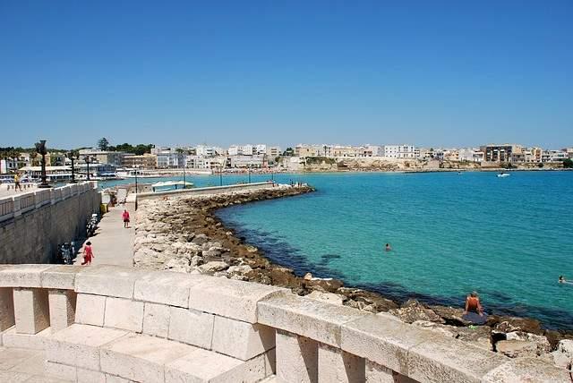 I Laghi Alimini vicino a Otranto: scoprili per le tue vacanze