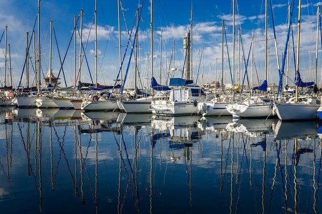 Vacanze in barca in estate in sicurezza: i consigli per i diportisti